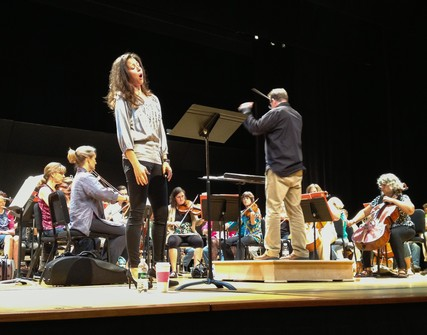 Lisette Oropesa in the rehearsal of I Masnadieri at Washington Concert Opera