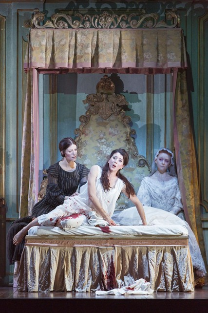 Lisette Oropesa, Rachel Lloyd and Sarah Northgraves in Lucia di Lammermoor at the Royal Opera House